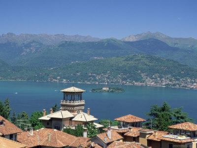 View from Stresa, Lake Maggiore, Italian Lakes, Piemonte (Piedmont), Italy, Europe