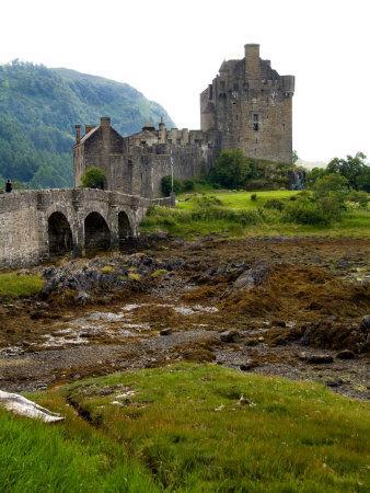 Eileen Donan Castle, Western Dornie in Highlands, Scotland