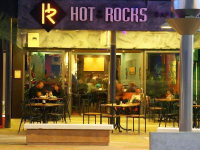 Hot on the Rocks Cafe and Bar, The Strand, Tauranga, New Zealand