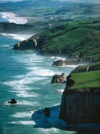 Dunedin Coast near Tunnel Beach, New Zealand