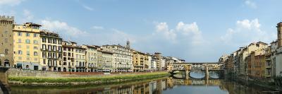 Buildings at the Riverside, Ponto Vecchio, Ponte Santa Trinita Bridge, Florence, Tuscany, Italy