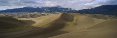 Sand Dunes in the Desert, Great Sand Dunes National Monument, Colorado, USA
