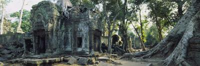 Old Ruins of a Building, Angkor Wat, Cambodia