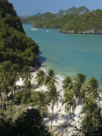 Beach on Ko Wat Ta Lap, Ang Thong National Marine Park, Ko Samui, Thailand