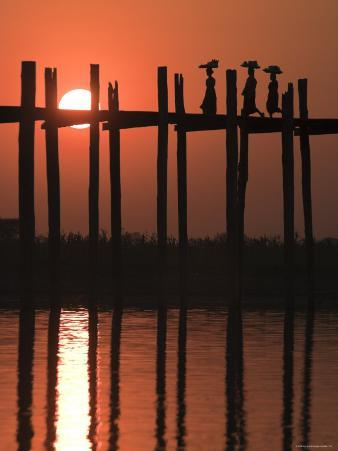U Bein Bridge, Taugthaman Lake, Amarapura, Mandalay, Myanmar