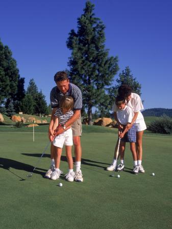 Family Golfing, Mt. Shasta, CA
