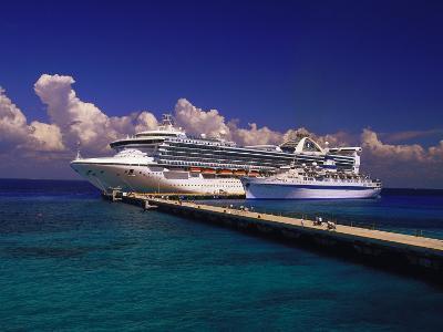 Cruise Ship, Cozumel, Mexico