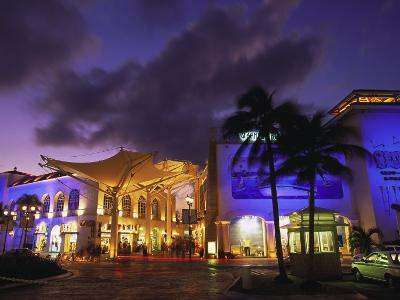 Las Islas Shopping Center, Cancun, Mexico