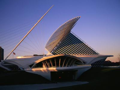 The Milwaukee Art Museum at Twilight