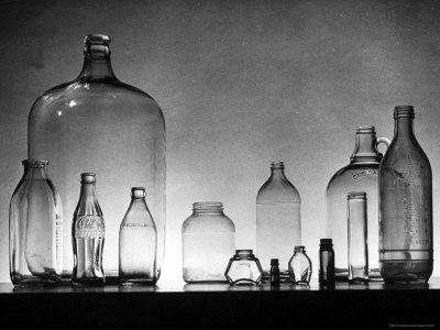 Manufacture and Examples of Uses of Various Kinds of Glass at Corning Glass Co