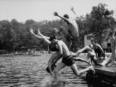 Students of Palmerton High School Going Swimming
