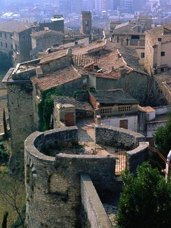 The Call Walled City, Once Home to the Medieval Jewish Community, Girona, Catalonia, Spain