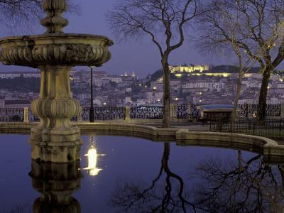 Miradouro de Sao Pedro de Alcantara and Sao Jorge Castle, Lisbon, Portugal