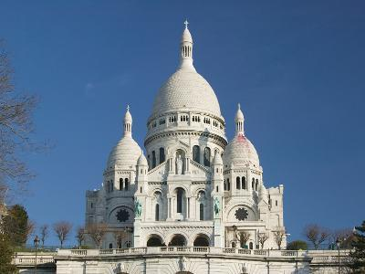 Morning View of Basilique du Sacre Coeur, Montmartre, Paris, France