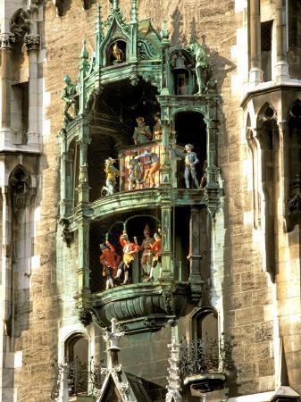 Glockenspiel Details, Marienplatz, Munich, Germany