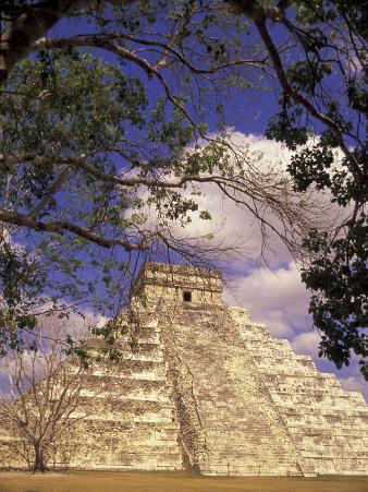 Chichen Itza, El Castillo Pyramid, Yucatan Peninsula, Mexico