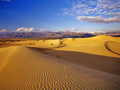 Mesquite Flat Sand Dunes, Death Valley National Park, California, USA