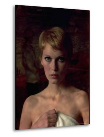 Actress Mia Farrow