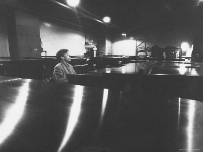 Canadian Pianist Glenn Gould Singing at Columbia Recording Studio