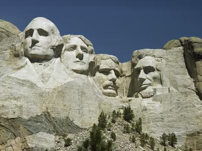 South Dakotas Famed Mount Rushmore National Monument