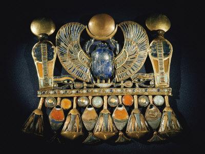 Gold and Semiprecious Stone Pendant from Tutankhamuns Tomb