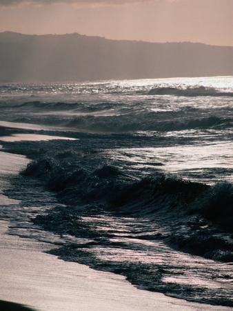 Surfing Territory: Sunset Beach on the North Shore, Oahu, Oahu, Hawaii, USA