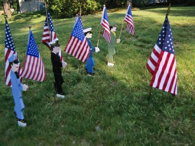 Patriotic Lawn Ornaments Represent the Varied Armed Forces of the U.S.