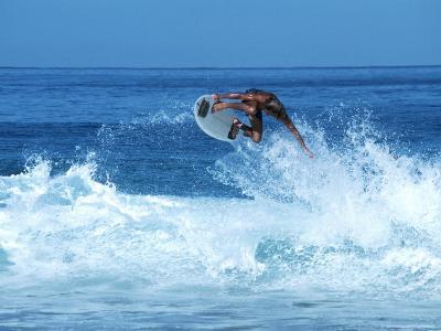 Surfing Banzai Pipeline, Oahu, HI