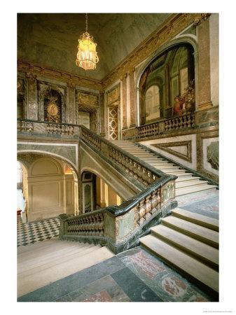 The Escalier de La Reine