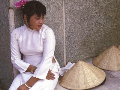 Vietnamese Girl in Traditional Dress, Vietnam