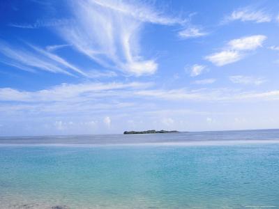 Lone Island in Ocean, Florida Keys, Florida, USA