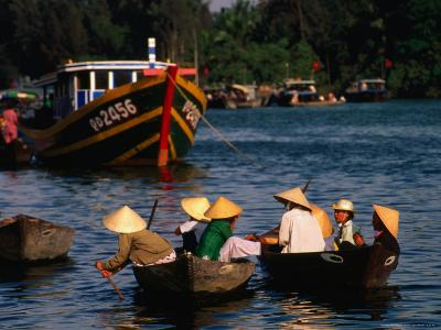 Boat Traffic in Hoi An, Hoi An, Quang Nam, Vietnam