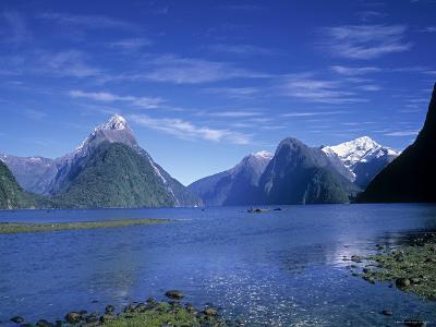 Milford Sound, Fjordland, South Island, New Zealand