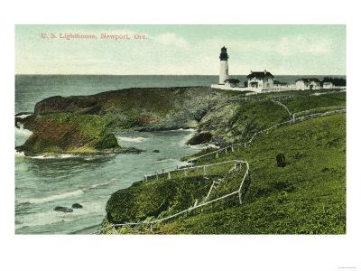 Newport, Oregon - View of a US Lighthouse