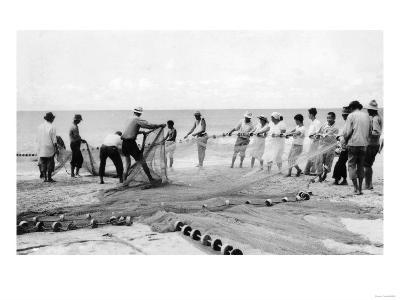 Hukilau Nets men Fishing Hawaii Surf Photograph - Hawaii