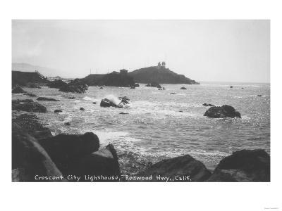 Crescent City Lighthouse Redwoods, CA Photograph - Crescent City, CA