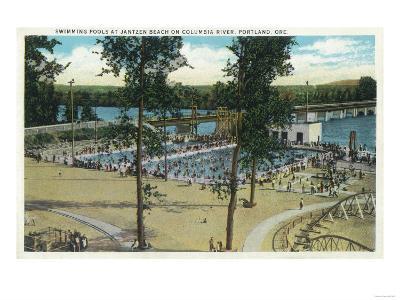 View of Jantzen Beach Swimming Pools - Portland, OR