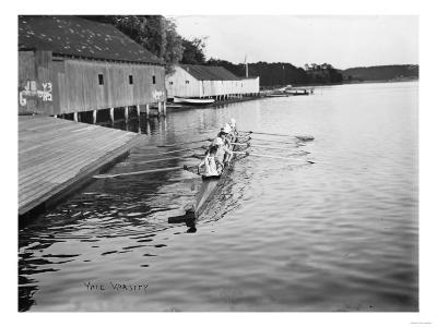 Yale University Rowing Crew Team Photograph - New Haven, CT