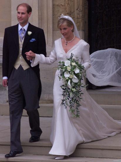 Prince Edward Wedding.Prince Edward Royal Wedding To Sophie Rhys Jones At St George S Chapel In Windsor