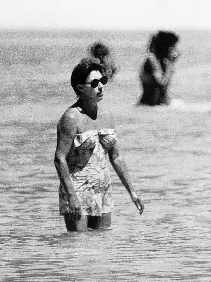 Princess Margaret On Holiday In Mustique Roddy Llewellyn Is Staying The Same Island