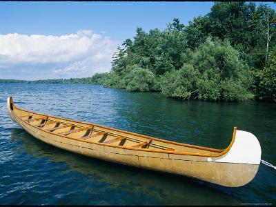 Birchbark-Style Voyageur Canoe in Wellesley Island State Park
