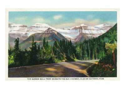 Glacier National Park, Montana, View of the Garden Wall from Going-to-the-Sun Hwy