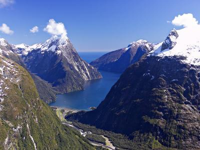 Cleddau Valley to Mitre Peak and Milford Sound, Fjordland National Park, South Island, New Zealand