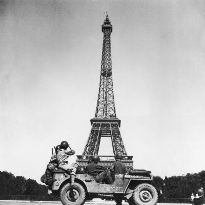 Soldiers of 4th US Infantry Division Looking at Eiffel Tower as They Liberate Capital City, WWII