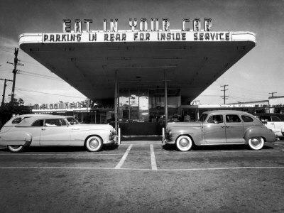 Drive-In-Restaurant, in Los Angeles Suburb