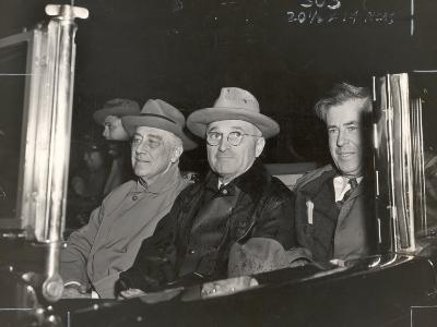 Newly Re-elected Pres. Franklin Roosevelt with VP Harry Truman Ride to the White House to Celebrate