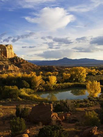 Peaceful Landscape Stretches to the Horizon, Santa Fe, New Mexico, USA