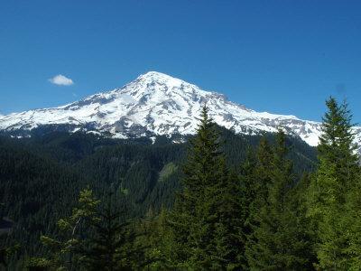 View of Mount Rainier in Washington State, Mount Rainier National Park, Washington