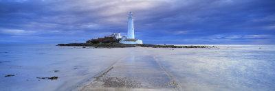 St. Mary's Lighthouse and St. Mary's Island, Near Whitley Bay, Tyne and Wear, England, UK