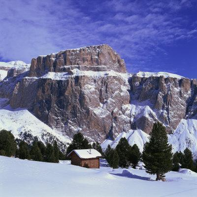 Pordoi Peak, 2950M, in the Sella Mountains in the Dolomites, Trentino Alto Adige, Italy, Europe
